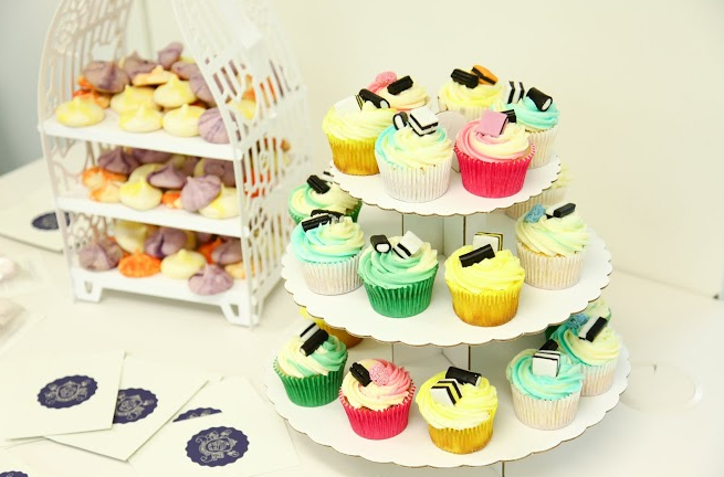 The-Fashion-Galleries-launch-Unhampered-Girls-cupcakes-